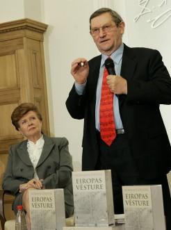 Norman Davies – Serce Europy