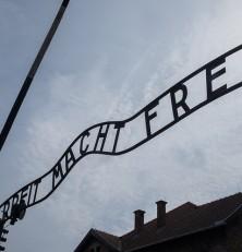 Tatuażysta z Auschwitz – Heather Morris